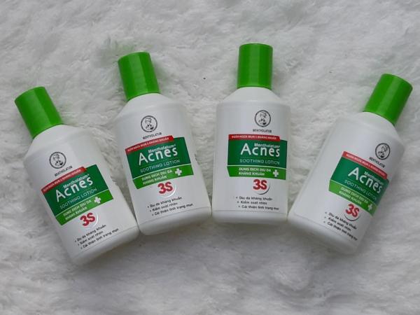 Combo 4 chai Dung dịch dưỡng dịu da kháng khuẩn và ngừa mụn Acnes ( 25ml/chai )