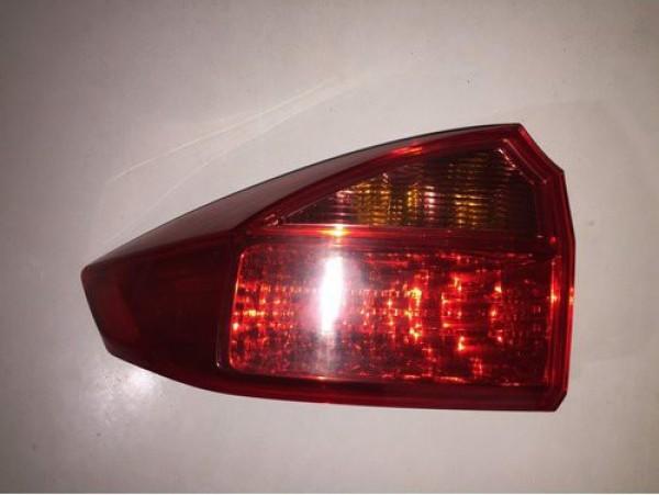 Đèn hậu ngoài Honda chích rời hàng tháo tháo xe (0349049352)