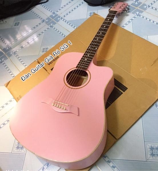 Acoustic gỗ hồng đào màu hồng nhạt