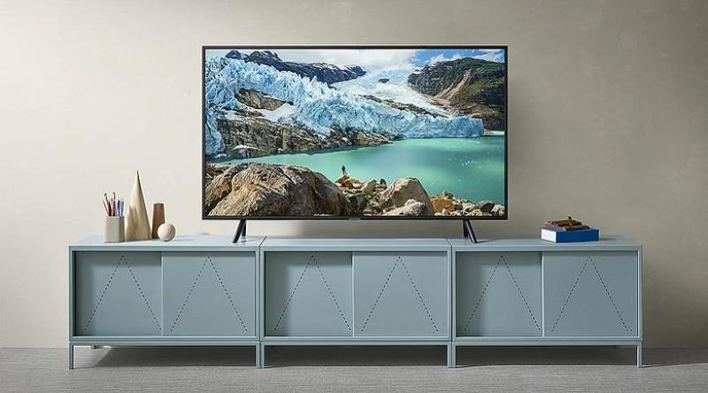 Smart tivi Samsung 4K 55inch 55RU7100 Gía rẻ vô cùng chính hãng