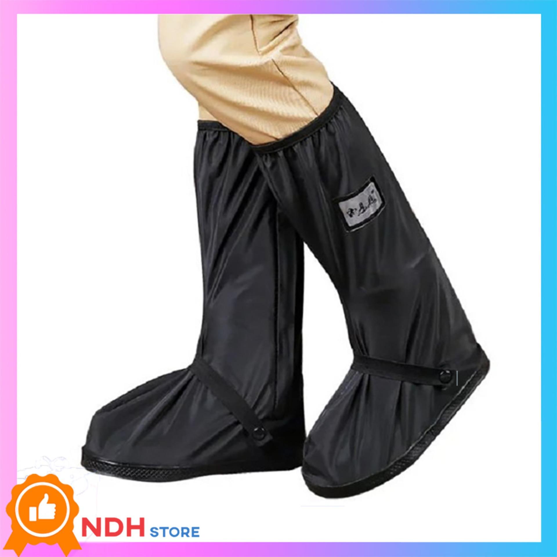 BỌC GIÀY ĐI MƯA CHỐNG NƯỚC ĐI MƯA LOẠI DÀI FREE SIZE đế cao su chống trượt độ bền cao có thể dùng làm ủng đi mưa, bảo vệ giày.