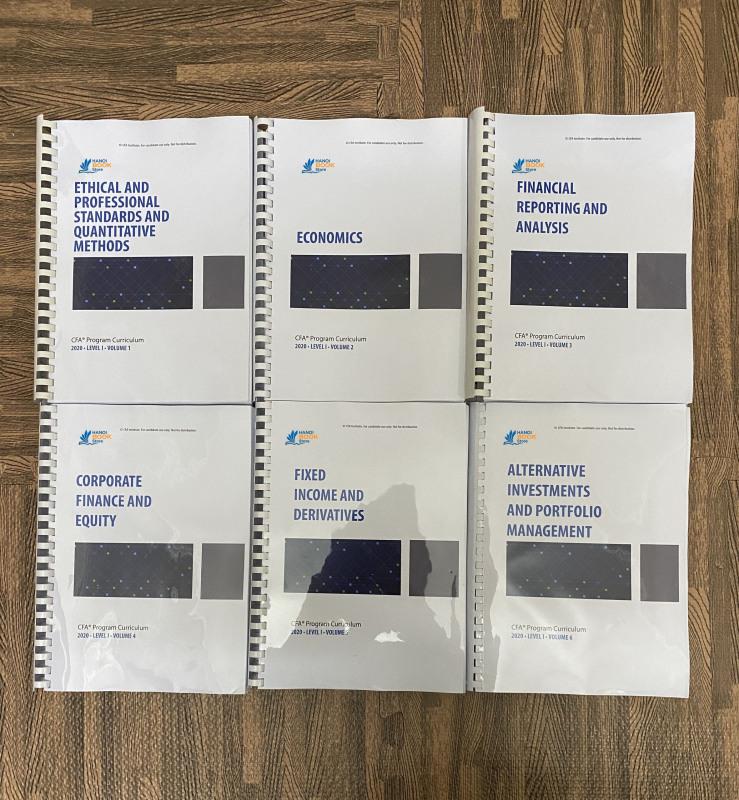 Bộ sách 6 quyển CFA CURRICULUM level 1 - 2020 ( sách gia công gáy xoắn như hình) tặng kèm Schwesers Quicksheet