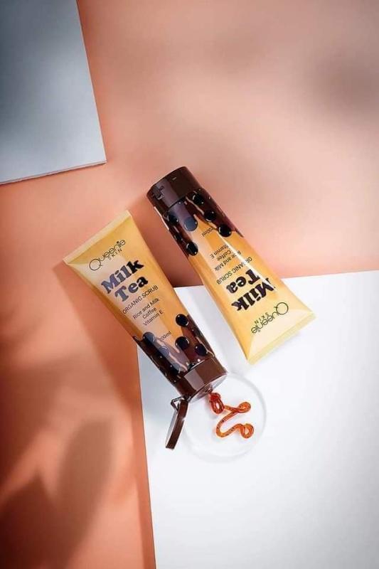 Combo 2 tẩy tế bào chết trân châu đường đen - dùng cho mặt và body - làm sáng dưỡng ẩm da Queenie Skin Milk Tea 120ml giá rẻ