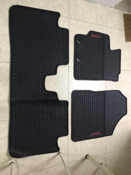[Hỗ trợ lắp đặt khách Hà Nội] Thảm Lót sàn ô tô cao su theo xe Vios 19-20