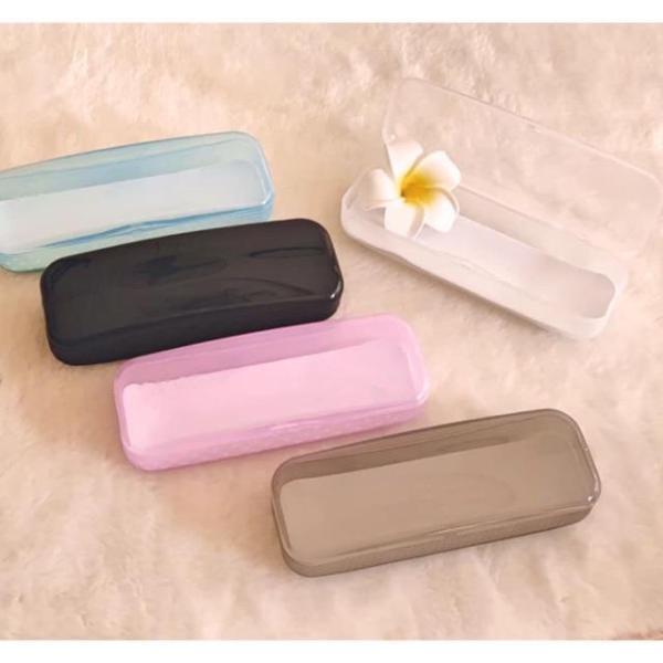 Giá bán Hộp nhựa đựng kính xinh xắn, tặng kèm khi mua gọng kính bất kỳ - Tiệm kính Candy