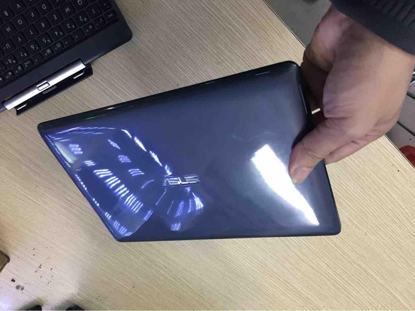 Laptop & Taplet Asud T100 cảm ứng