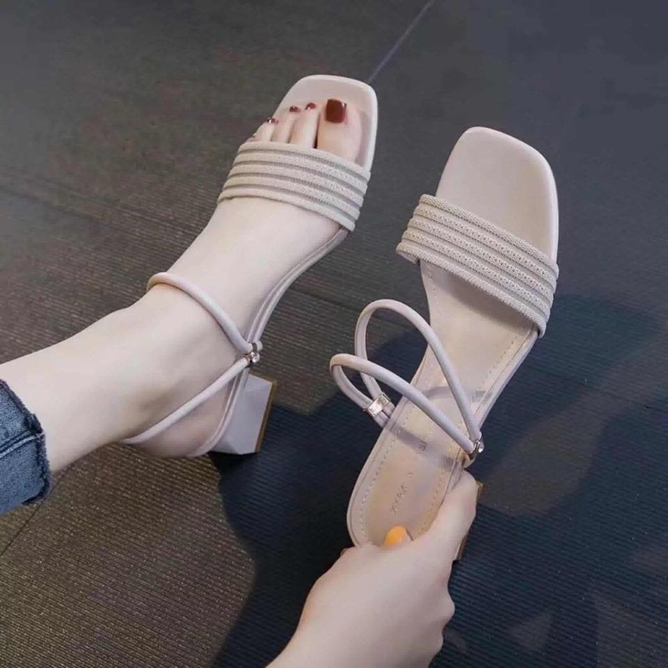 ( Đổi trả hàng trong 7 ngày) Sandal gót vuông quai cách điệu mang 2 kiểu - Giày cao gót 5 phân - 3 màu vàng - kem - đen - Đủ size 35-39 - Bảo hành trong 12 tháng - Linus LN1807