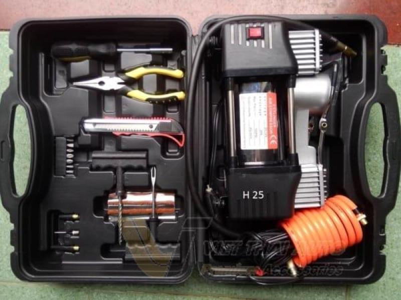 Máy bơm hơi, bơm lốp ô tô 2 xi lanh phiên bản mới tiện lợi dễ dàng sử dụng, dùng điện 12V