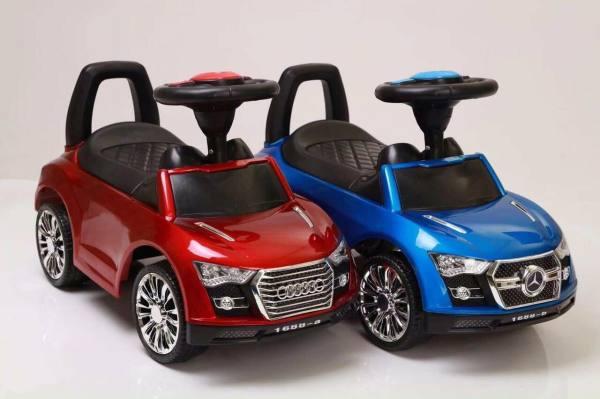 Giá bán xe lắc hình oto cho bé có chắn