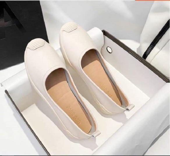 Giày slip on nữ , giày lười thể thao nữ vá mũi chất da đẹp giá cực sốc !!! giá rẻ