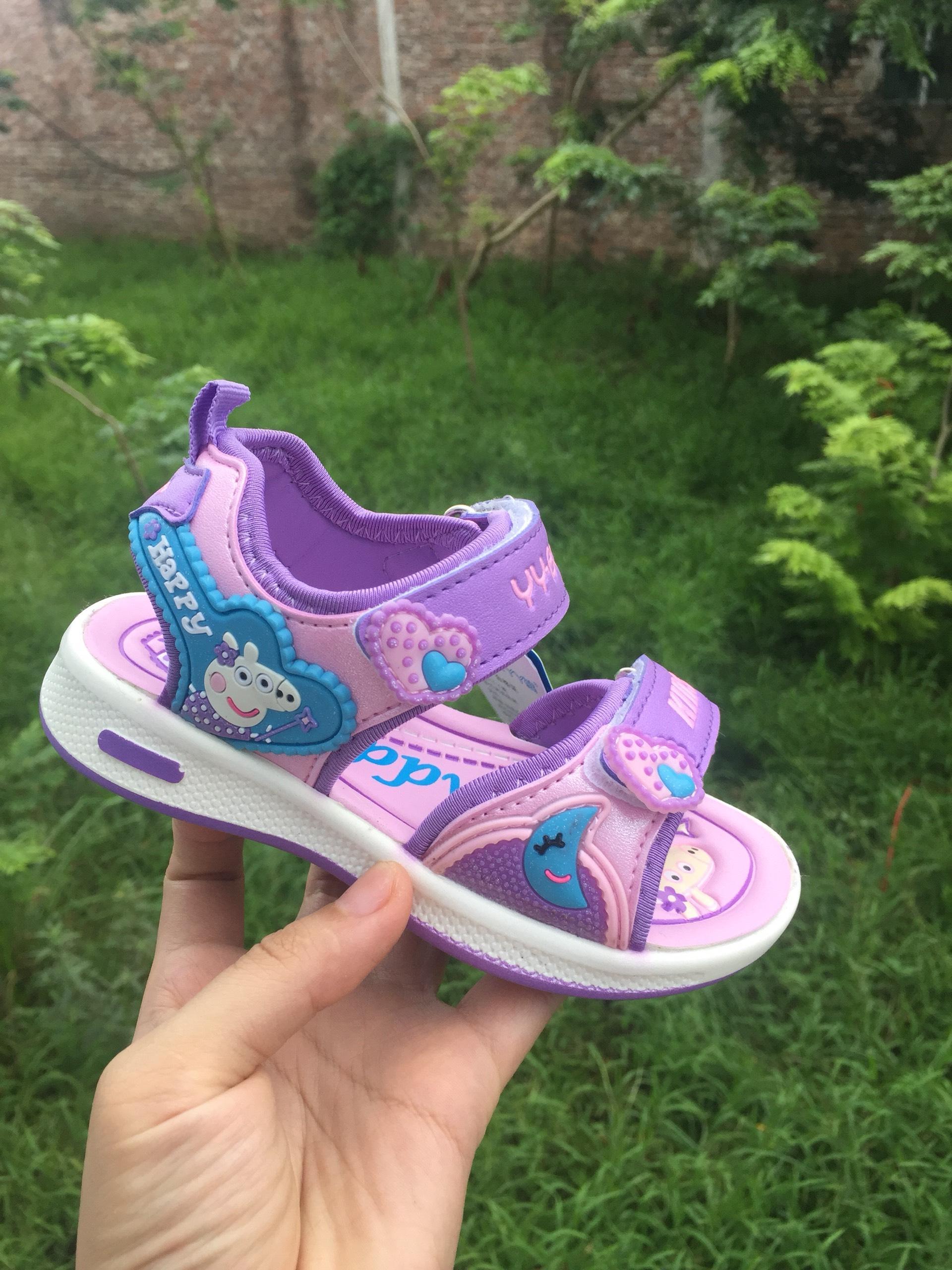 Giá bán sandal bé gái size 26-31 siêu mềm nhẹ
