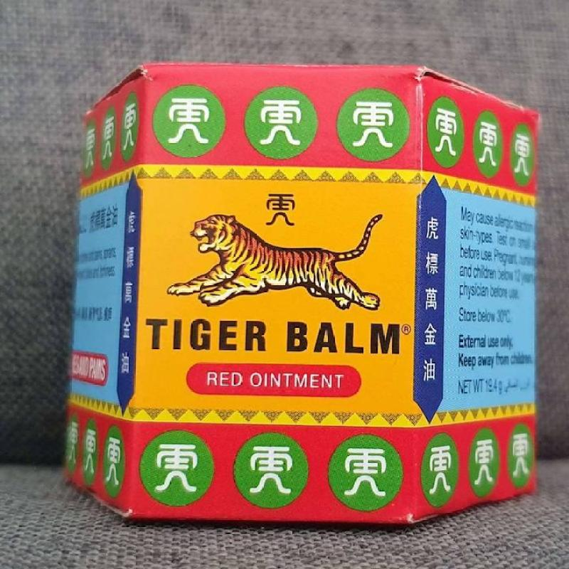 Dầu cù là con hổ Tiger Balm 19,4g Singapore