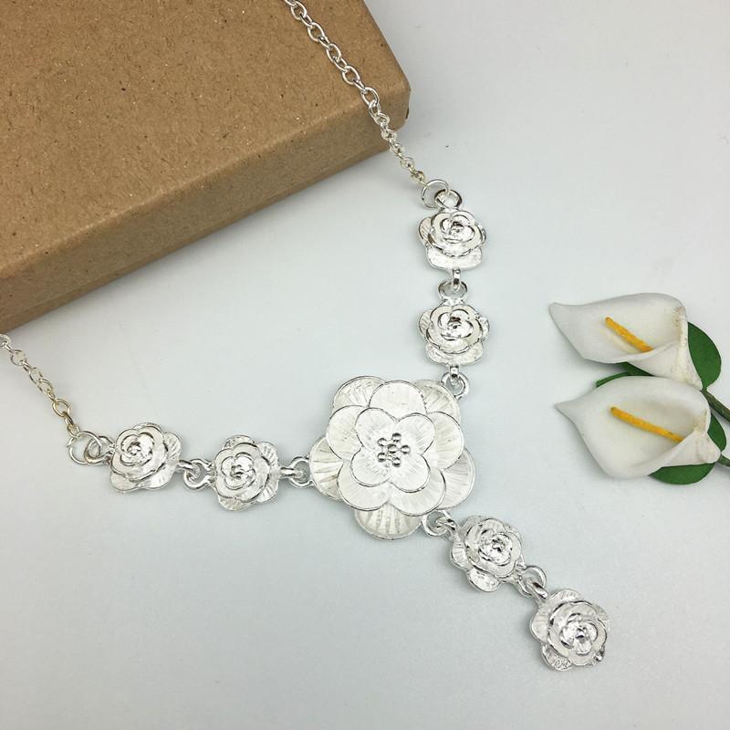 Vòng cổ/ Dây chuyền nữ bạc thái S925 đính hoa hồng sang chảnh quý cô