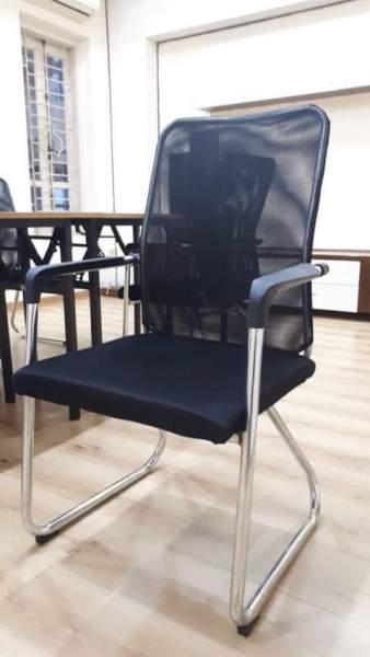 Ghế chân quỳ văn phòng cao cấp PL4001 Nhập khẩu giá rẻ