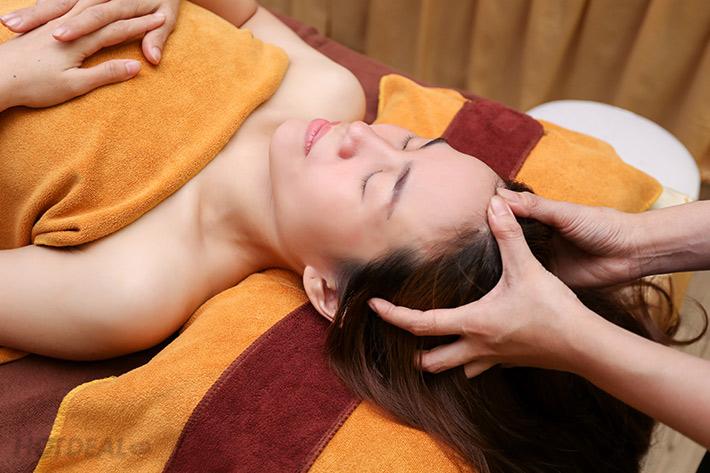 [HCM] - Viet Care - Trọn gói 07 dịch vụ Massage body + Tinh dầu + Ấn huyệt + foot + Ngâm chân thảo dược + Chăm sóc da mặt + Đắp mặt nạ + Massage đầu, vai, cổ giảm đau nhức, mệt mỏi + Đắp thảo dược - Liệu trình 110 phút