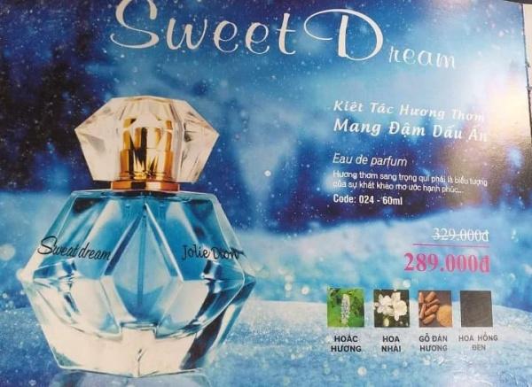 Nước hoa nữ Jolie Dion Sweet Dream 60ml Sweet Dream là sản phẩm dành riêng cho phụ nữ trưởng thành và thanh lịch. Đặc biệt là còn lưu lại khá lâu trên cơ thể và cả quần áo của bạn, rất thích hợp cho những cô nàng công sở bận rộn.