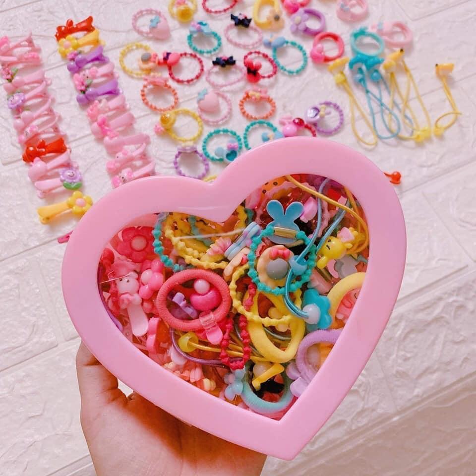 Giá bán Hộp buộc tóc trái tim 70 chi tiết cho bé