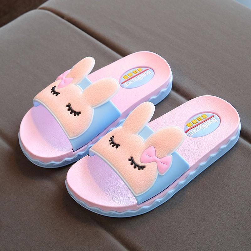 Giá bán Dép bé gái hình thỏ kiểu Hàn siêu dễ thương - nhiều size từ size 26 đến size 38