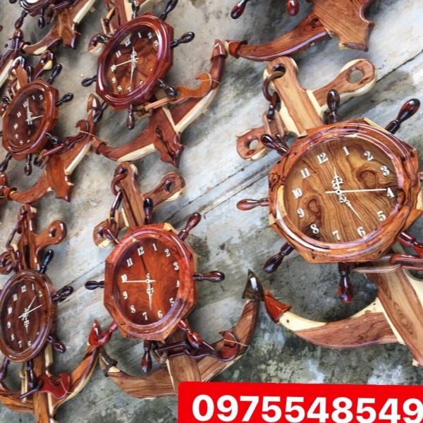 Đồng hồ dây xích gỗ cẩm