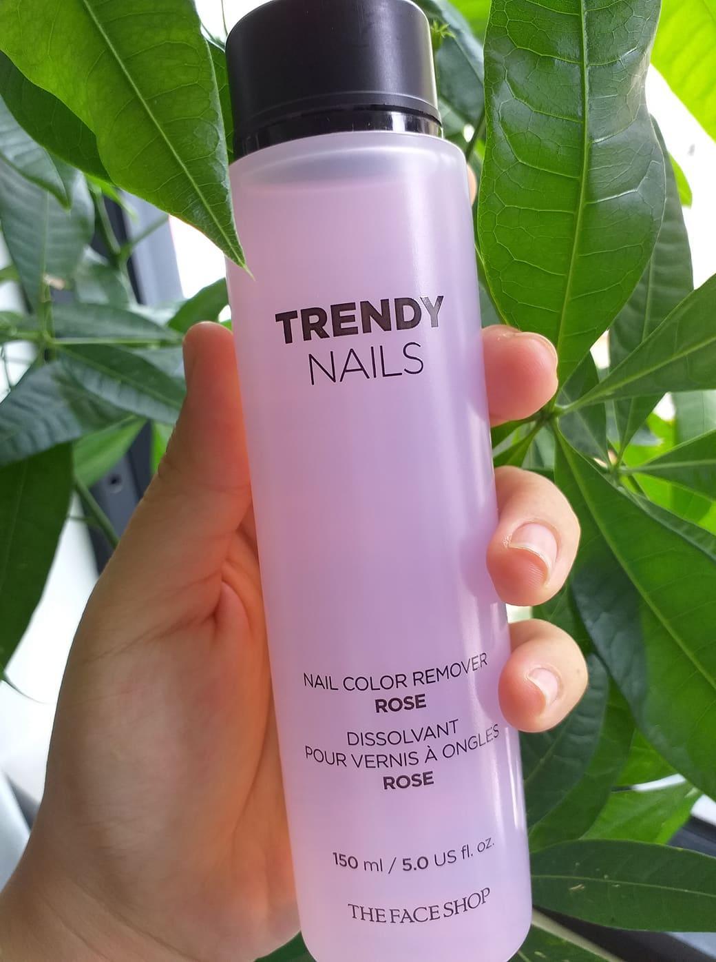 Nước Rửa Móng Tay The Face Shop Trendy Nails Nail Remover 100ml Nhập Khầu Hàn Quốc, Hương Dâu Nhẹ Nhàng, Dưỡng Móng Chắc Khỏe, Không Làm Ố Vàng Móng tốt nhất
