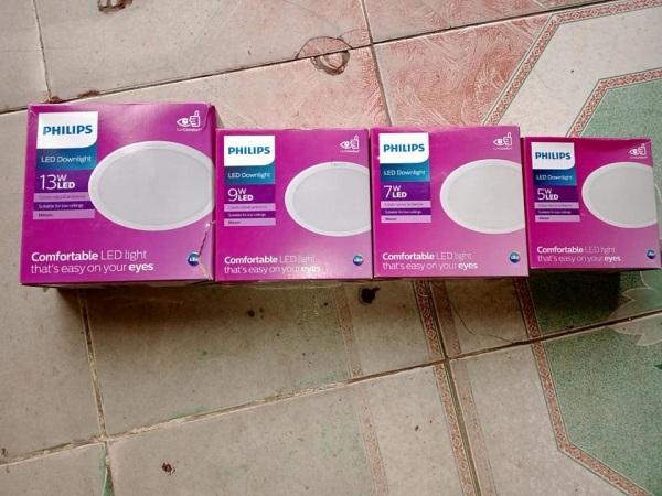 downlght  LED âm trần 59447, 59445, 59448, 59449, 59464  Philips màu trắng, vàng, trung tính