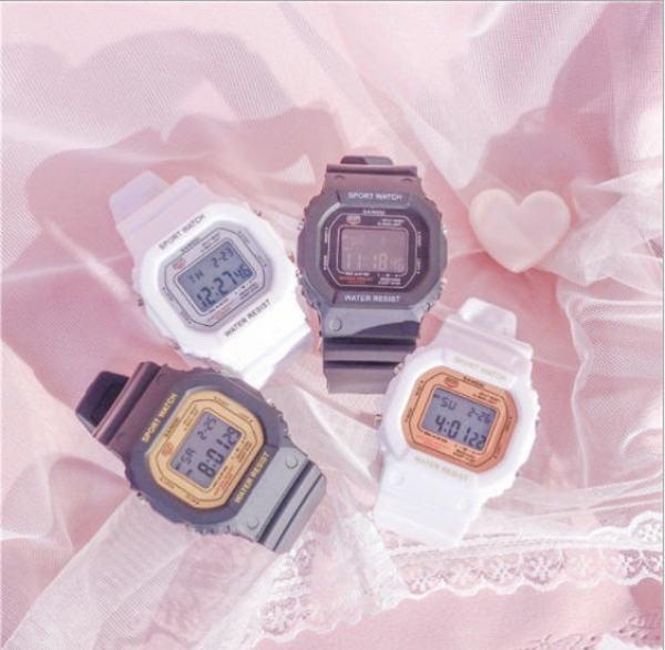Đồng hồ nữ điện tử SANDA mặt vuông dây cao su thời trang