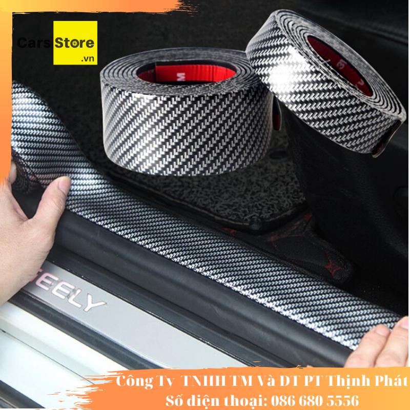Nẹp carbon chống xước bậc cửa ô tô bề ngang 7cm, dài 1m