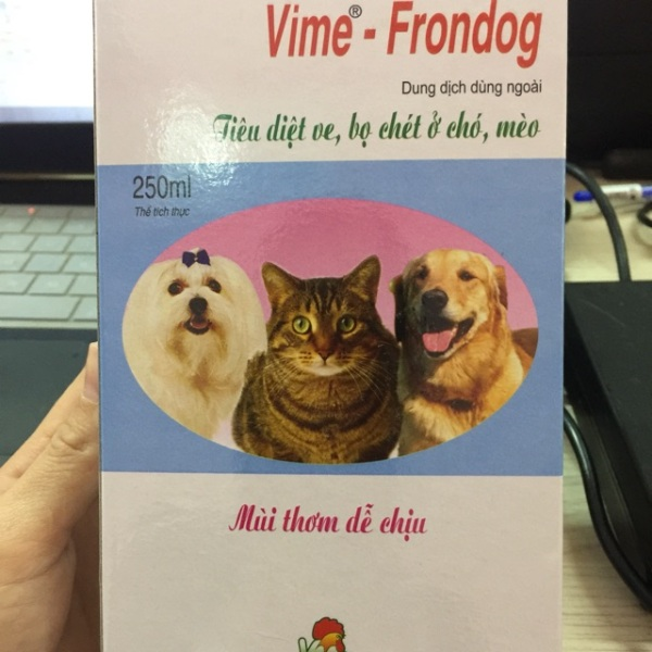 Vime-Frondog xịt trị ve  bọ chét ở chó và mèo, chất lượng đảm bảo an toàn đến sức khỏe người sử dụng, cam kết hàng đúng mô tả