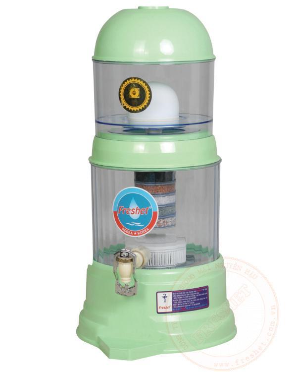 Bình lọc nước gia đình cao cấp Freshet Hàn Quốc màu xanh cốm công suất 2lit/h bình 16lit
