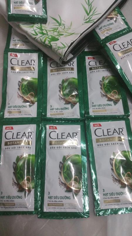 Set 50 Gói Dầu Gội Clear BOTANIQUE 3 Hạt Siêu Dưỡng 6g ( tặng kèm túi màu ngẫu nhiên ) giá rẻ
