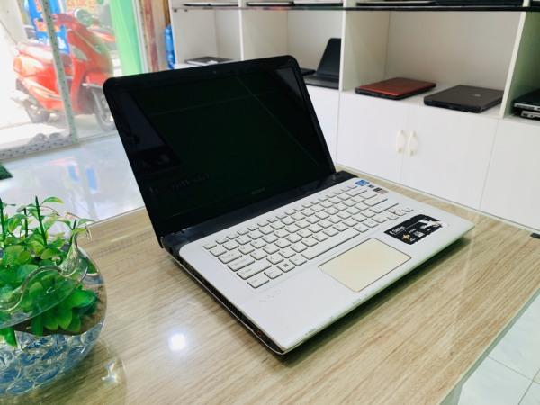 Bảng giá Sony Vaio SVE 14 Core i5-3210 | Ram 4 GB | HDD 500 GB | Laptop siêu đẹp, bền bỉ Phong Vũ