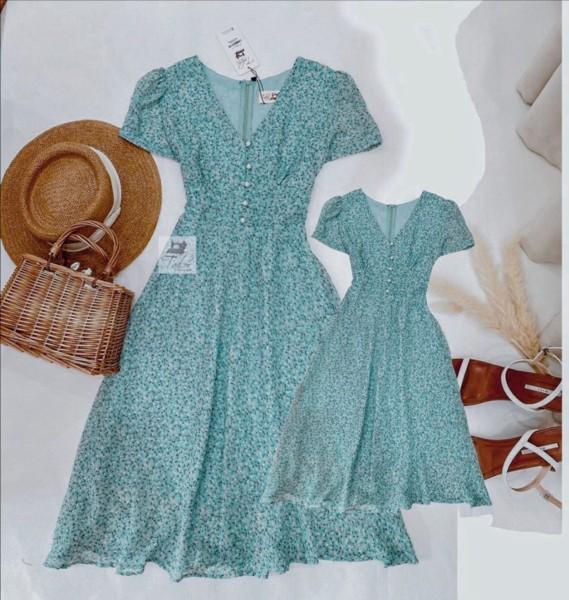 Giá bán Váy mẹ bé gái cổ chữ v đính hạt thiết kế dáng xòe nhẹ nhàng- chất lieu voan 2 lớp mịn mát ( GIÁ MẸ HOẶC BÉ)