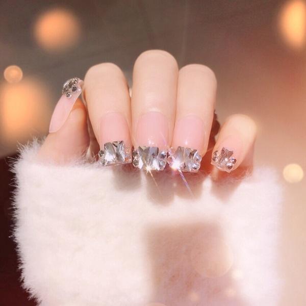 Nail đẹp. Bộ 24 móng tay giả đính đá sáng cực đẹp siêu sang chảnh giá rẻ