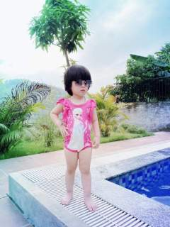 Đồ tắm, đồ bơi cho bé gái - Bikini elsa cho bé gái 8-20kg thumbnail