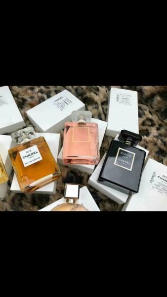 Nước hoa chiết Chanel nhiều màu hương thơm sang trọng