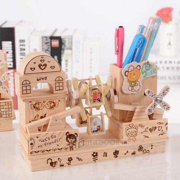 Mua HỘP ĐỰNG BÚT BẰNG GỖ CÓ NHẠC,Hộp đựng bút viết bằng gỗ có nhạc, hộp đựng bút, hộp đựng bút bằng gỗ