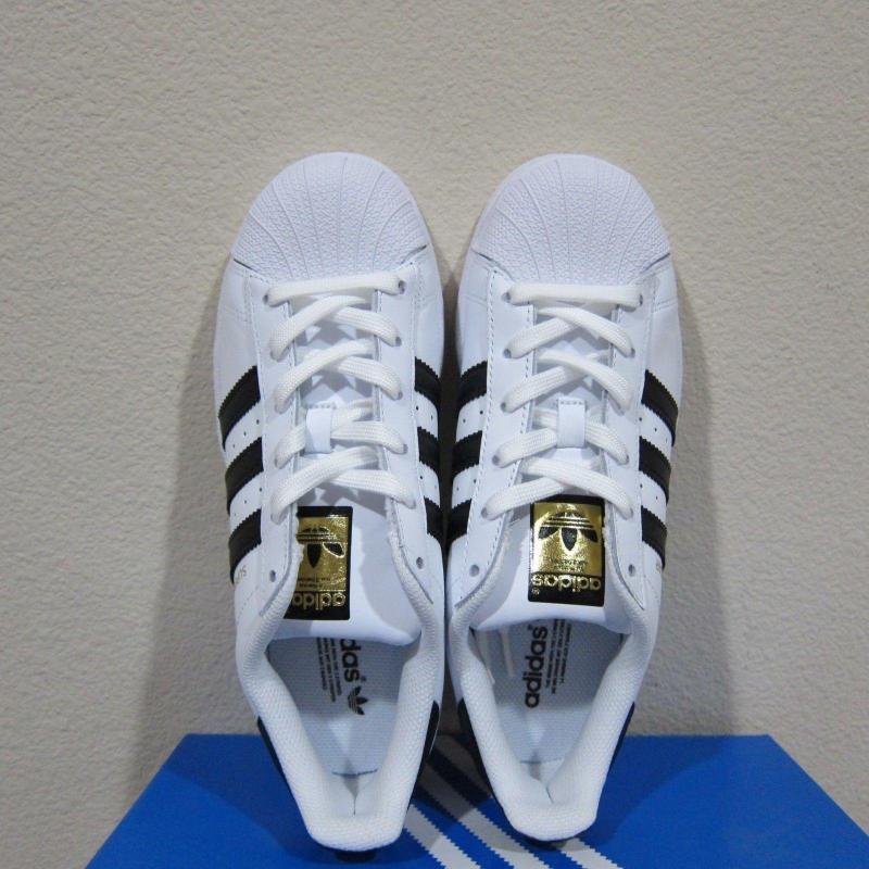 Giày Adidas Super Star sọc đen tem vàng 100% chính hãng