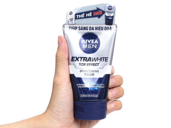 Sữa Rửa Mặt Nivea Men Extra White Sáng Da 100g