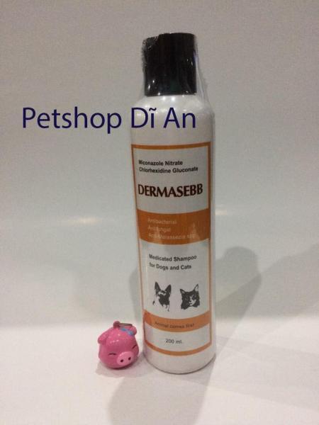 Sữa tắm DERMASEBB kháng khuẩn, kháng nấm và bọt chống ngứa cho chó mèo, chai 200ml