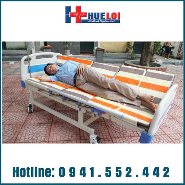 Giường bệnh đa năng 4 tay quay HL4