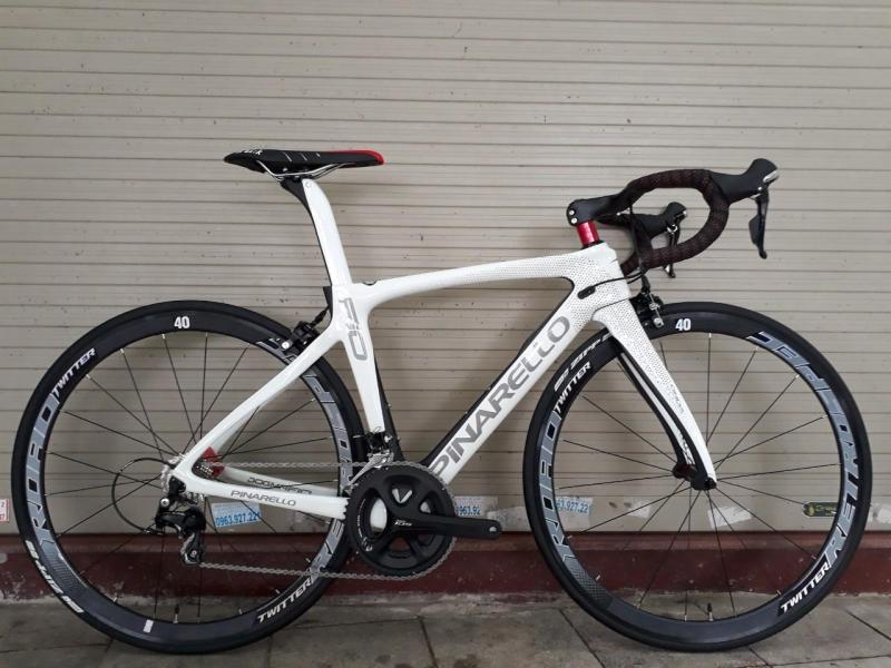 Phân phối Xe đạp đua Pinarello DogMa F10 165 Shiny White/Mat