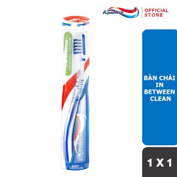 Bàn chải đánh răng Aquafresh In Between Clean giá rẻ