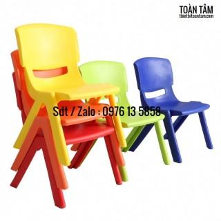 ghế nhựa đúc siêu bền cho bé thumbnail