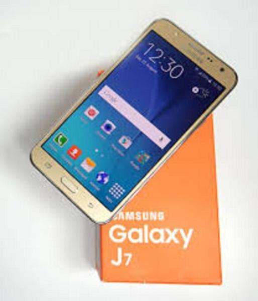 điện thoại SAMSUNG GALAXYJ7 2sim 16G mới, màn hình 5.5inch mới