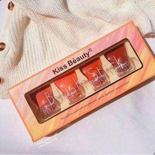 Má hồng dạng lăn Kiss Beauty, tone cam cực kỳ sang chảnh, giúp các bạn gái thay đổi mỗi ngày thumbnail