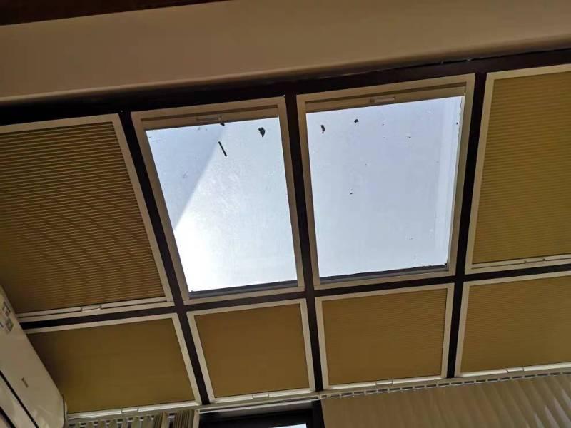 [Nhập LZDEL51 giảm 10% tối đa 200k cho đơn 99k] Rèm tự động tổ ong che giếng trời mái kính khung cửa.