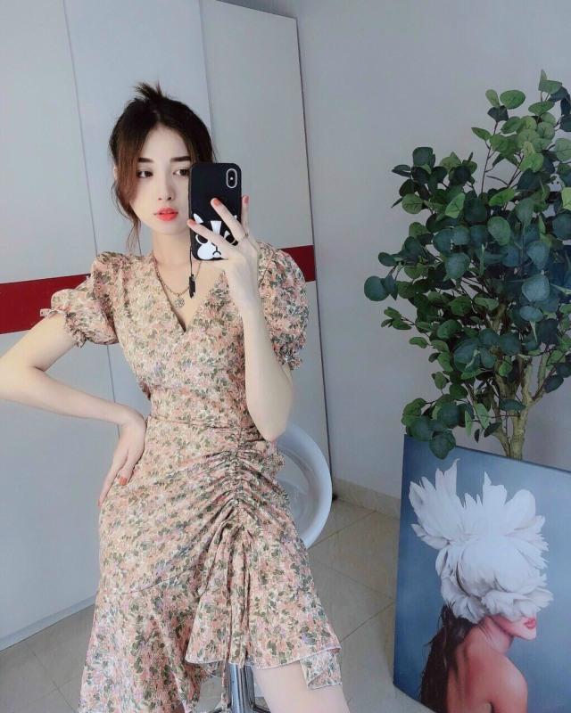 Nơi bán Đầm hoa tay ngắn rút eo cổ tim siêu đẹp - hình thật