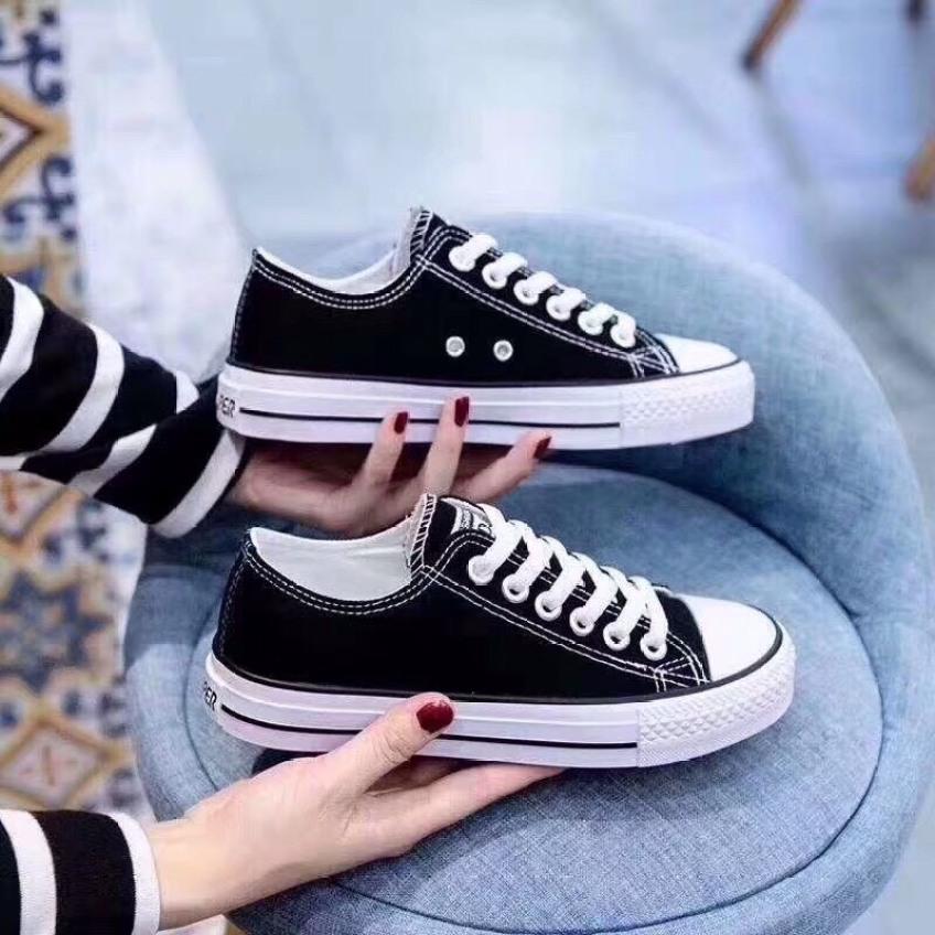 FREE SHIP Giày Sneaker Classic Cổ Thấp đủ 2 màu ( trắng + đen) full box giá rẻ