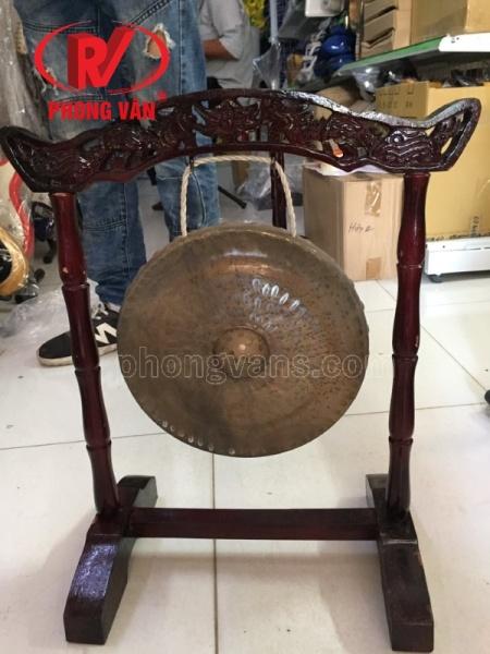 Bộ chiêng đồng và giá treo 26cm