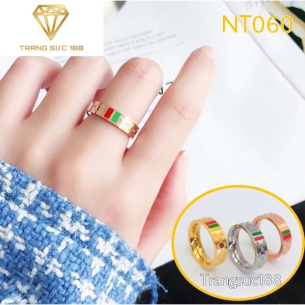 Nhẫn titan ko đEn hoa văn NT060